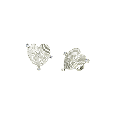 Love shaped personalized gold earring in india at augrav.com. unique earring stud with fingerprint engraving