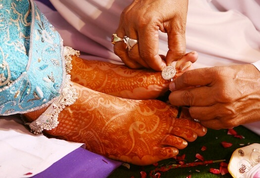 real-Indian-bride-toe-ring