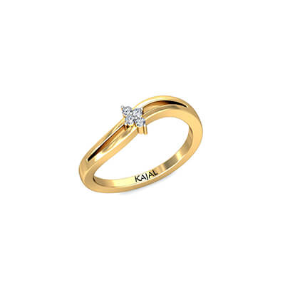 Designer diamond ring for wife in yellow gold