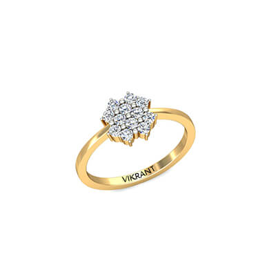 Vintage engagement ring in yellow gold for her