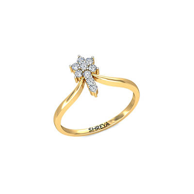 Diamond engagement ring designs for women. Available in 18K and 22K yellow gold