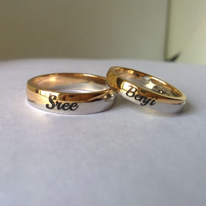 Couple Band Rings Gold - Best Wedding Band Trends