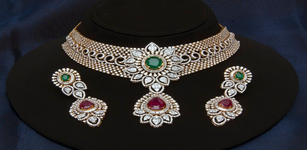 Bridal necklace with earring by mangatrai jewellery