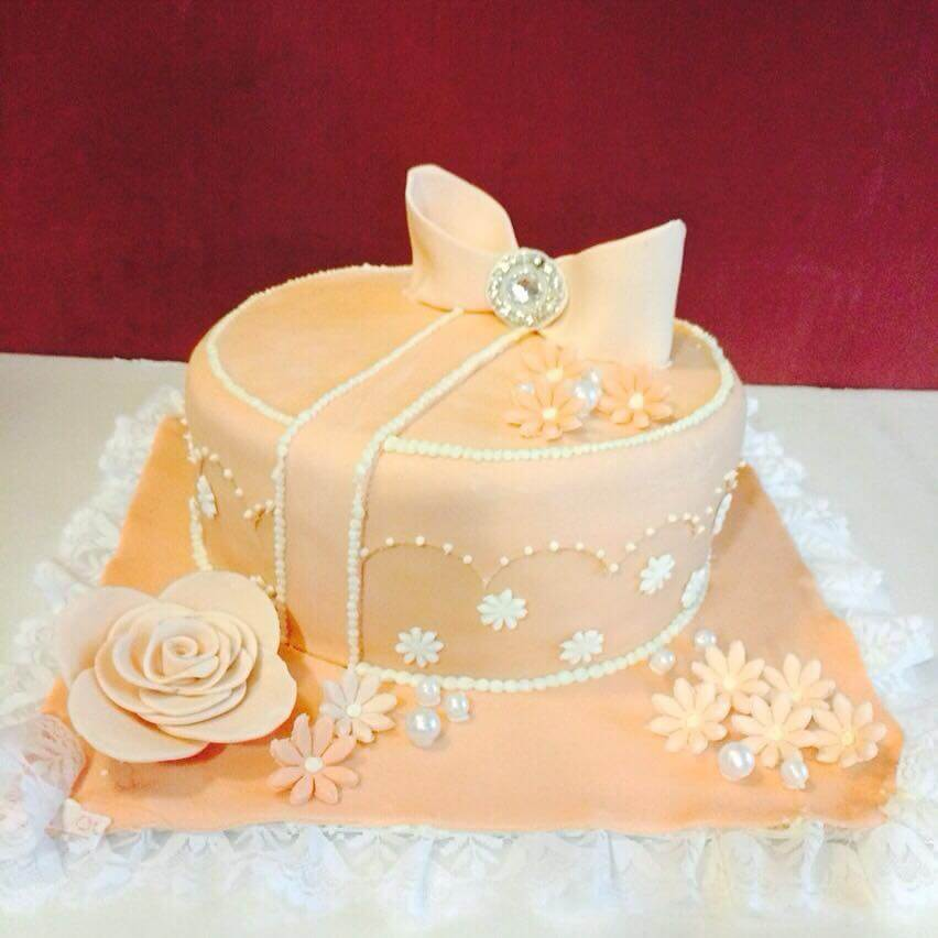 Wedding Gift Ideas For Rs 1500 : ... 10 Cake Shops In Chennai To Buy Your Dream Wedding Cake AuGrav.com