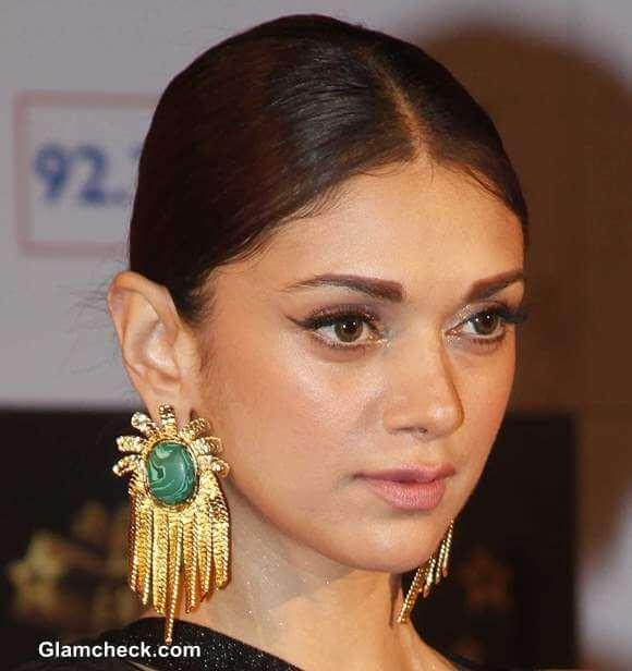 Aditi-Rao-Hydari-at-2013-Big-Star-Entertainment-Awards