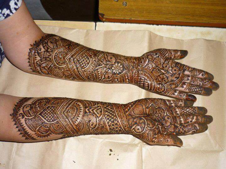 10 Mumbai's Best Mehndi Artists You Should Hire For Your ...