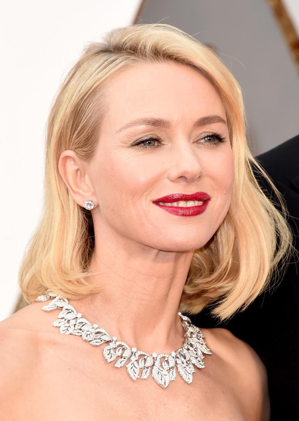 Naomi Watts' Collar Necklace- oscar2016