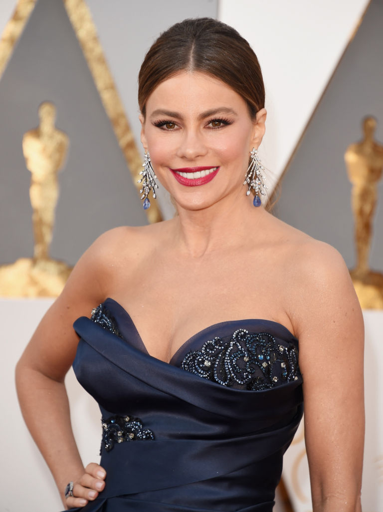 Sofia Vergara's Earrings- oscar2016