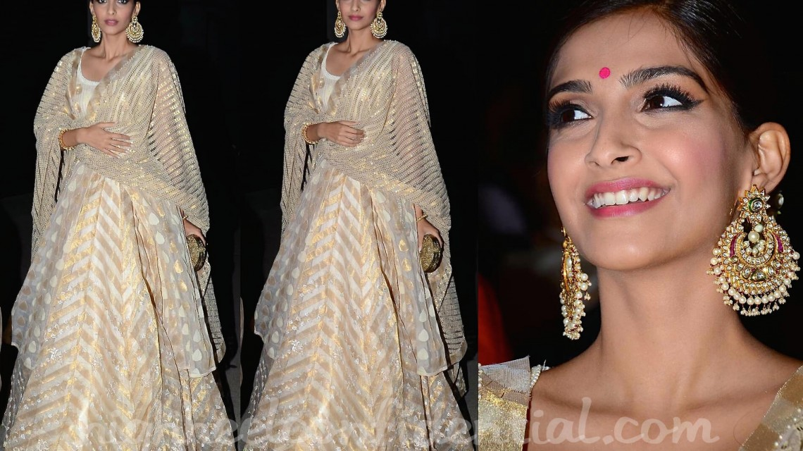 Sonam Kapoor's Traditional Earrings-high heel confidential (1)