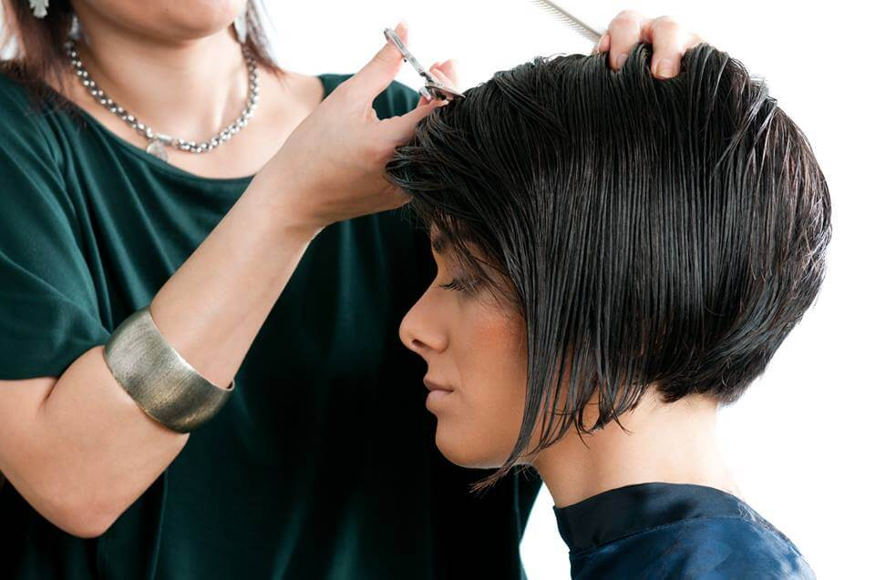 Top 10 Hair Stylists Hair Salons In India