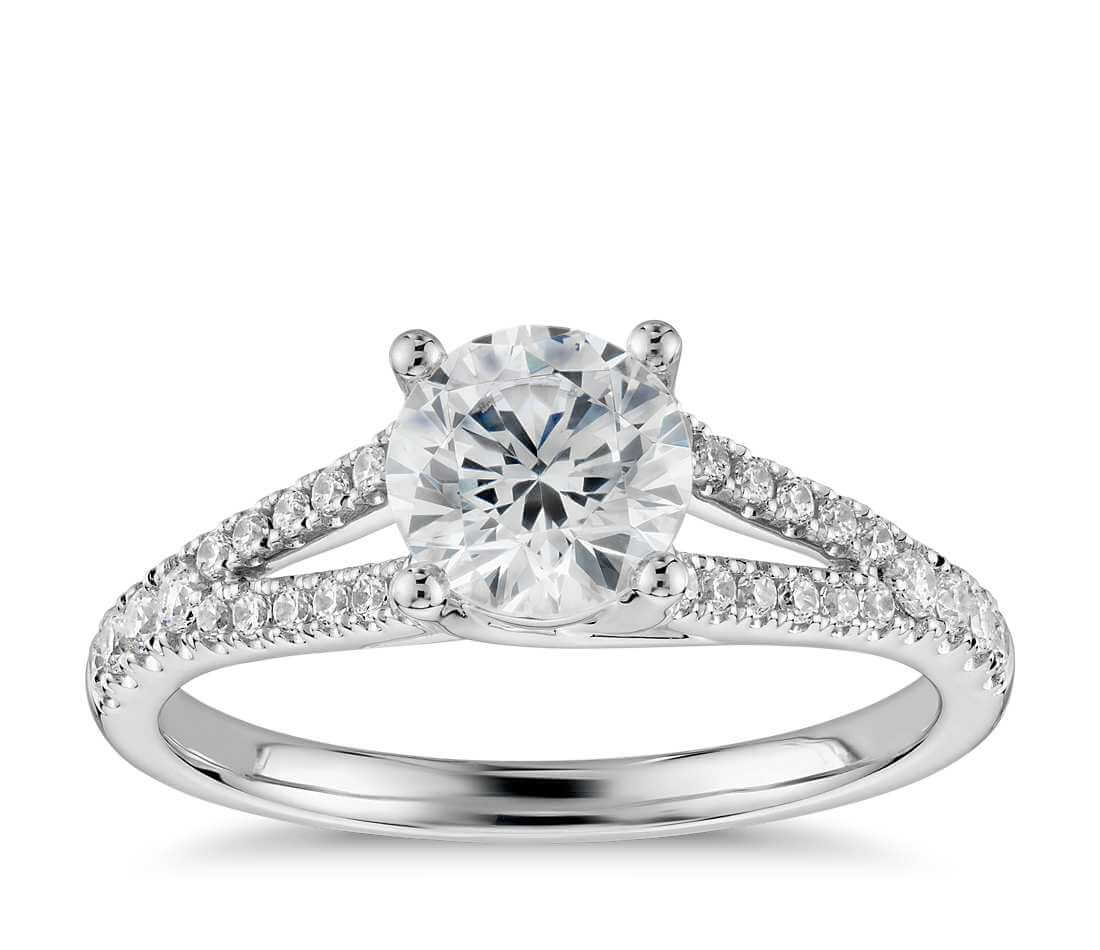 Dimaond wedding ring - Split settings
