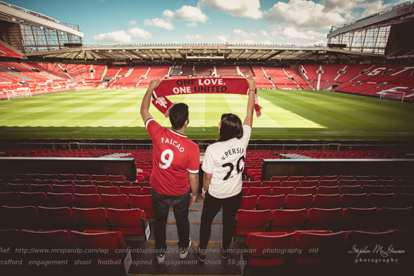 stephen-mcgowan-photography-old-trafford-engagement-shoot-football-inspired-engagement-shoot-59