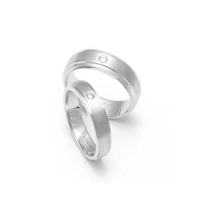 Platinum20Promise20Name20Ring20For20Couple201.jpg