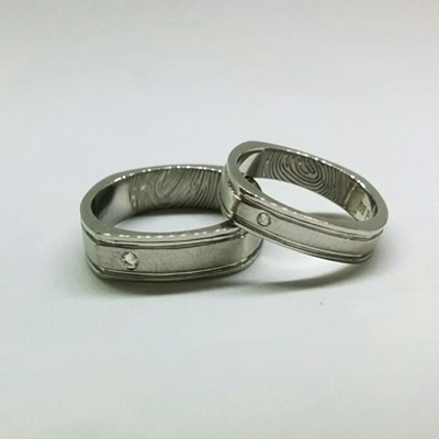 Single Stone Platinum Couple Rings