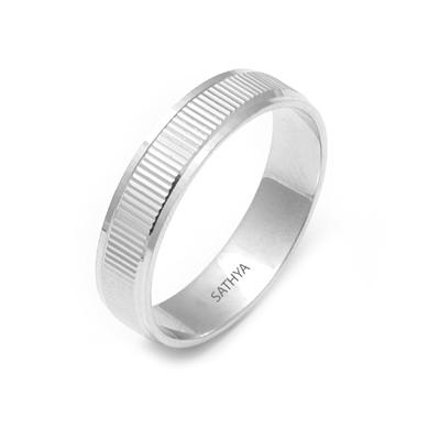 Classic platinum Wedding Ring