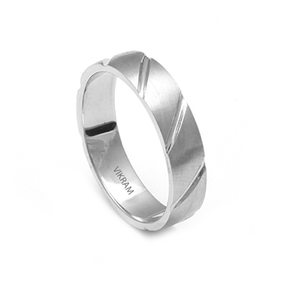 Men Platinum Wedding Ring With Parallel Cut