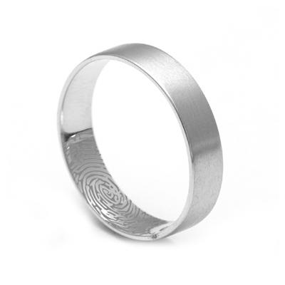 Plain Platinum Name Engraved Ring