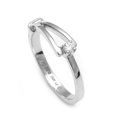 Platinum Finger Rings For Her WIth Name, platinum diamond wedding bands