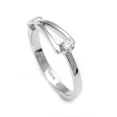 Platinum Finger Rings For Her WIth Name, platinum chain price
