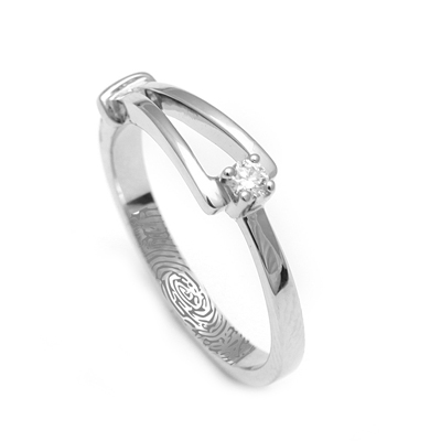 Platinum Finger Rings For Her WIth Name, platinum earrings