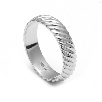 Platinum20Ring20With20Names20Engraved203.jpg