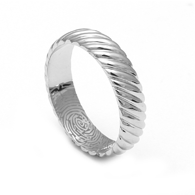 Platinum20Ring20With20Names20Engraved204.jpg