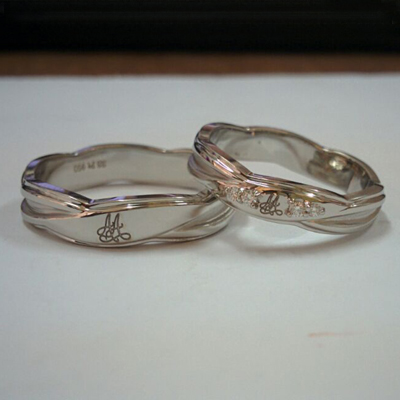 buy platinum couple rings online india, platinum wedding bands for women