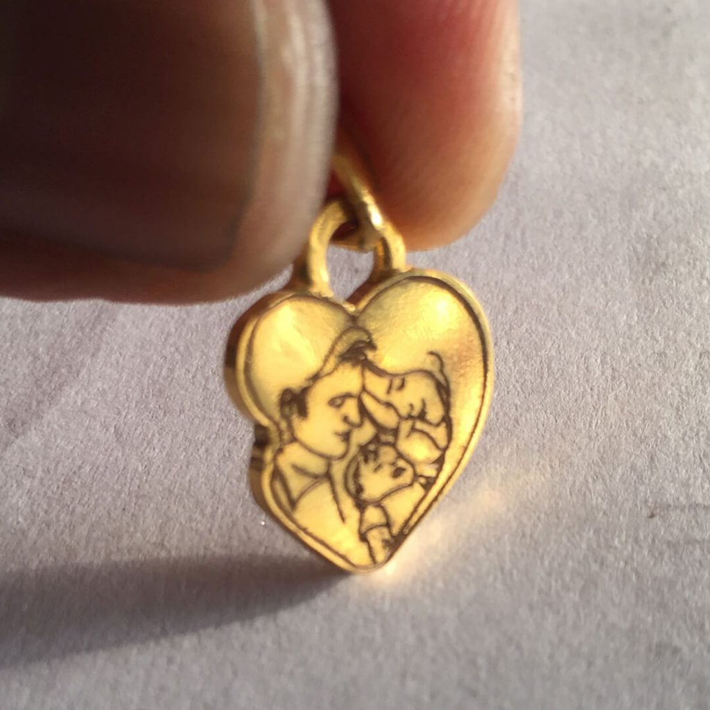 Photo Engraved Gold Pendant, Engraved Gold Coin As Pendant