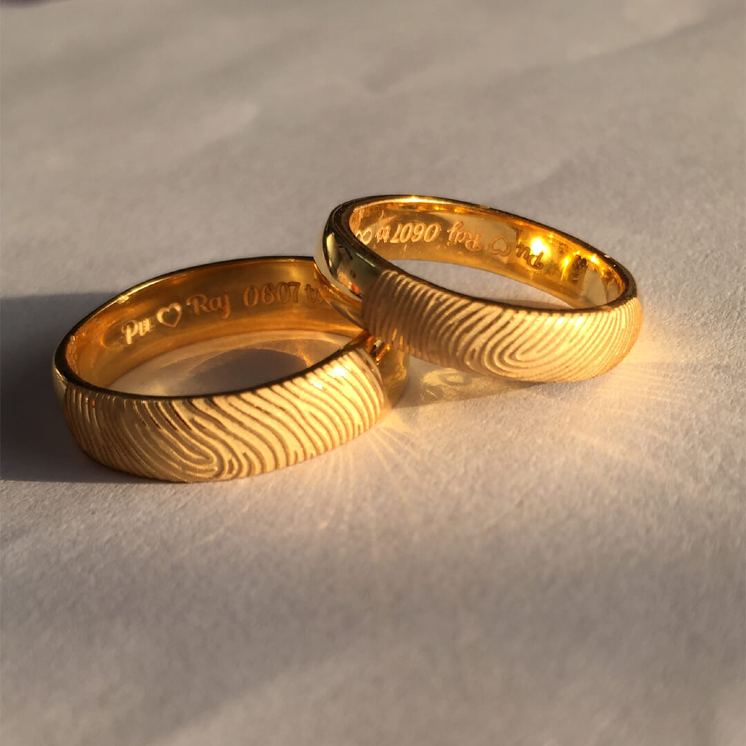 Shiny Fingerprint Gold Wedding Bands
