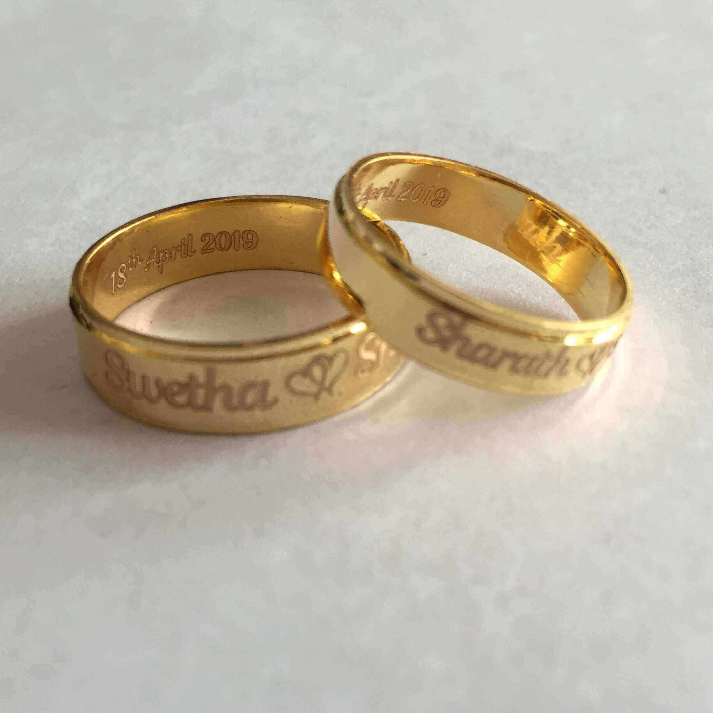 Lovely Name Engraved Couple Rings