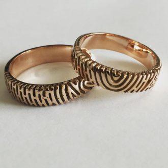 Fingerprints-Etched-Rose-Gold-Couple-Bands1