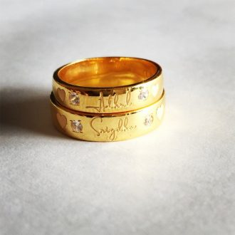 Delightful-Name-Engraved-Couple-Bands3