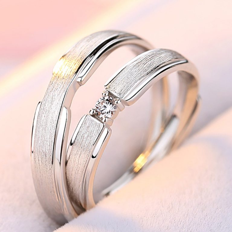 Gorgeous Sterling Silver Couple Name Rings