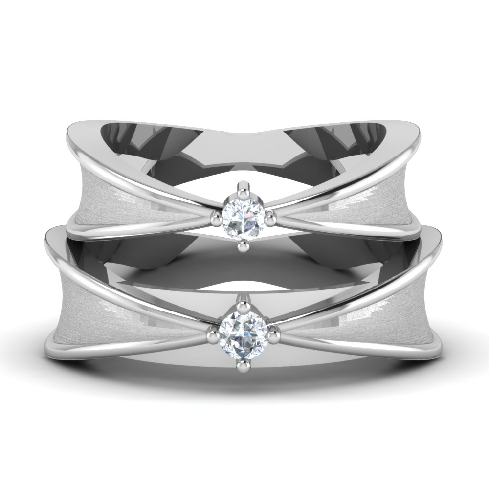 Equally Mapped Platinum Wedding Couple Rings