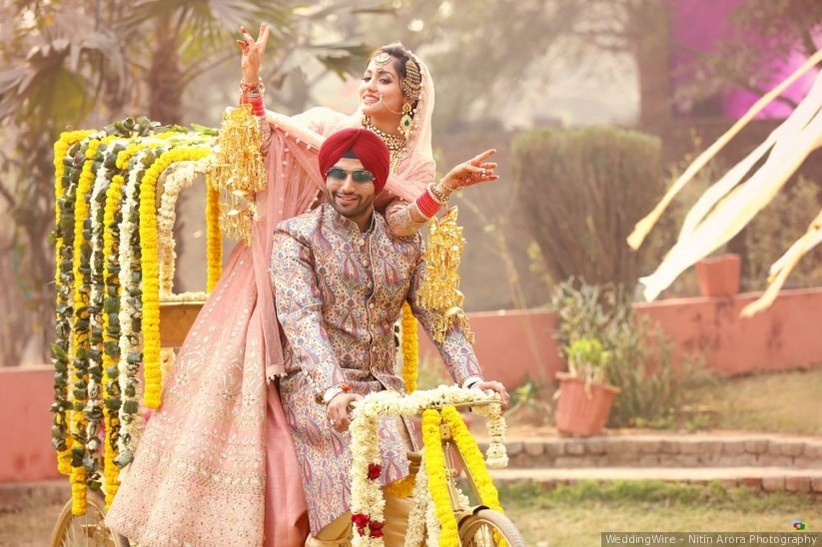 Funny Couple Poses For A Memorable Wedding In 2020
