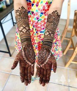 Symmetrical-Bridal-Full-Hand-Mehndi-Designs-K4-Fashion