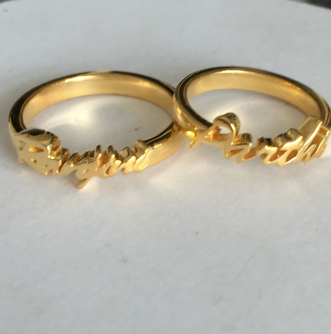Cute Couple Gold Name Rings