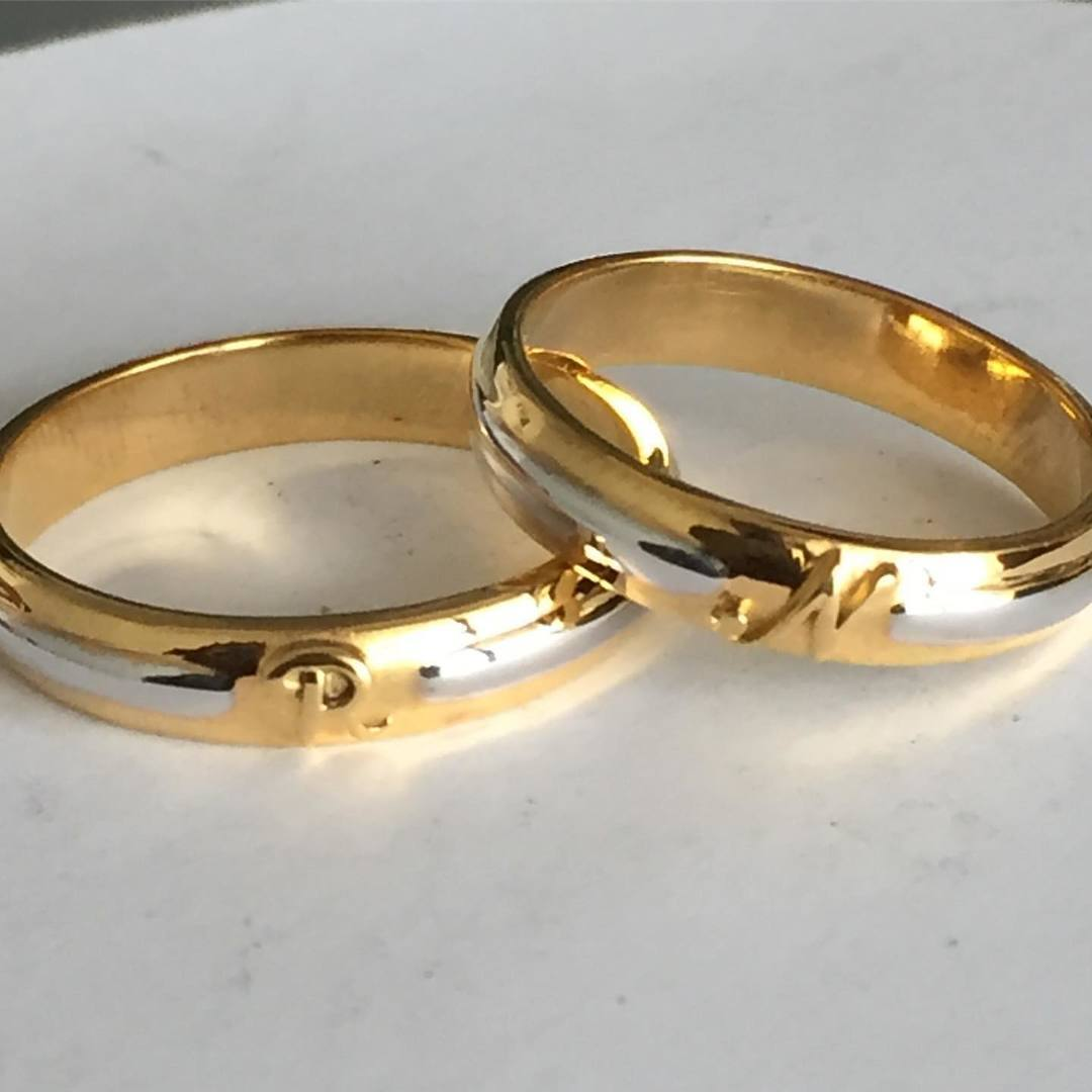 Pairing-Up-Gold-Couple-Rings1